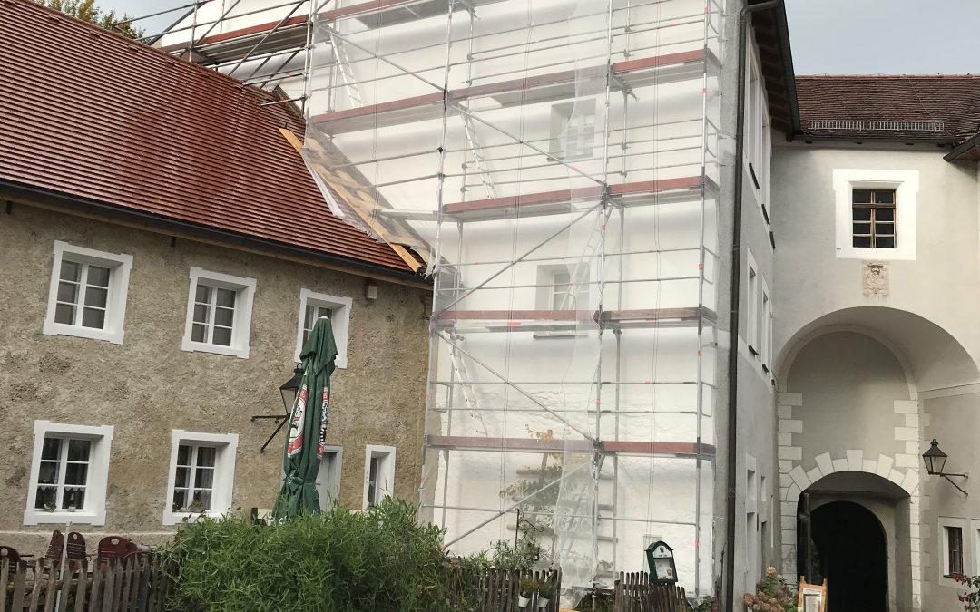 Historische Fassade Burg Tittmoning Fürstenstock